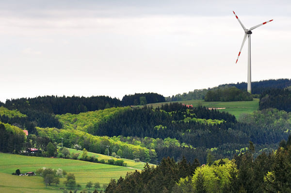 Foto des Windrads auf dem Weißmoos