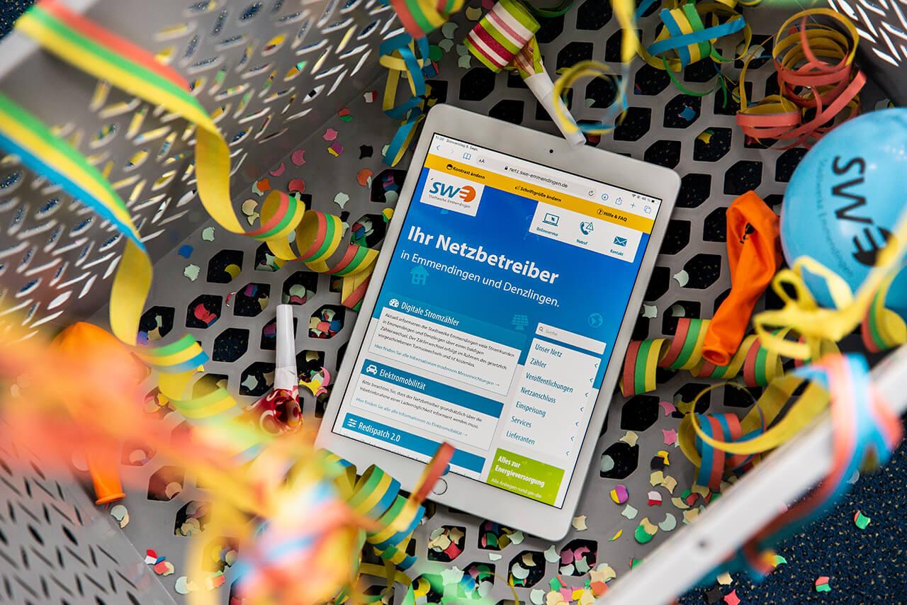 Ein IPad zeigt die neue Netz-Webseite